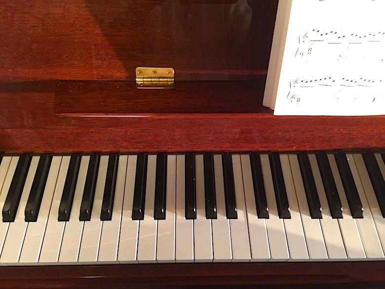 ピアノ0001